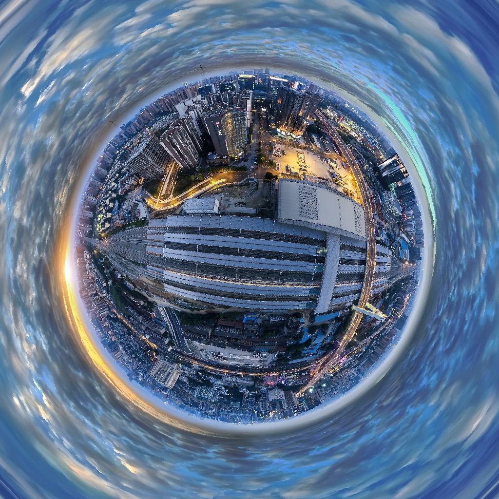 18. Второй приз в любительской категории «Фото 360» - «Закат в Чэнду».