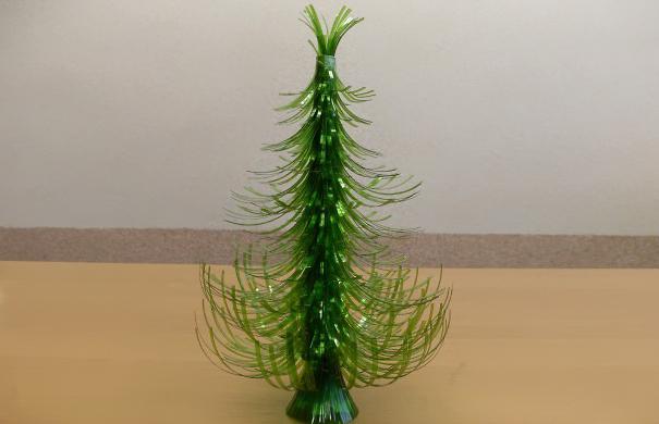 10. Новогодняя елка.