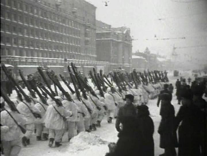 7. Разгром немецких войск под Москвой.